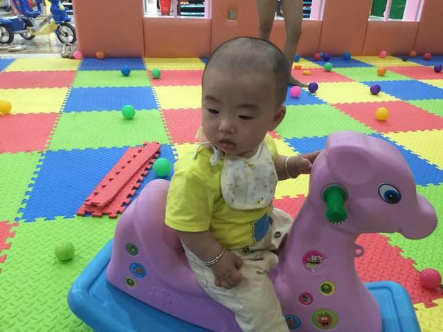 8个月宝宝发烧过后不吃奶粉和辅食,求解,