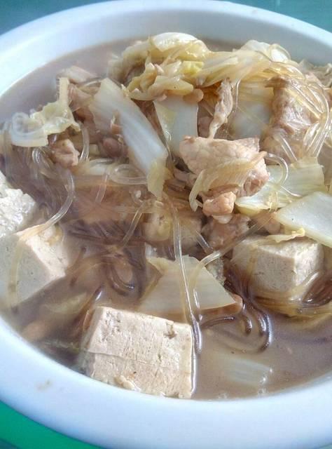 大炖菜_粉条猪肉冻豆腐炖白菜仙气头型图片