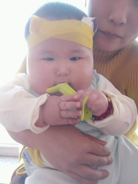 宝宝咳嗽有痰各位大神求支招_宝宝六个月了,前